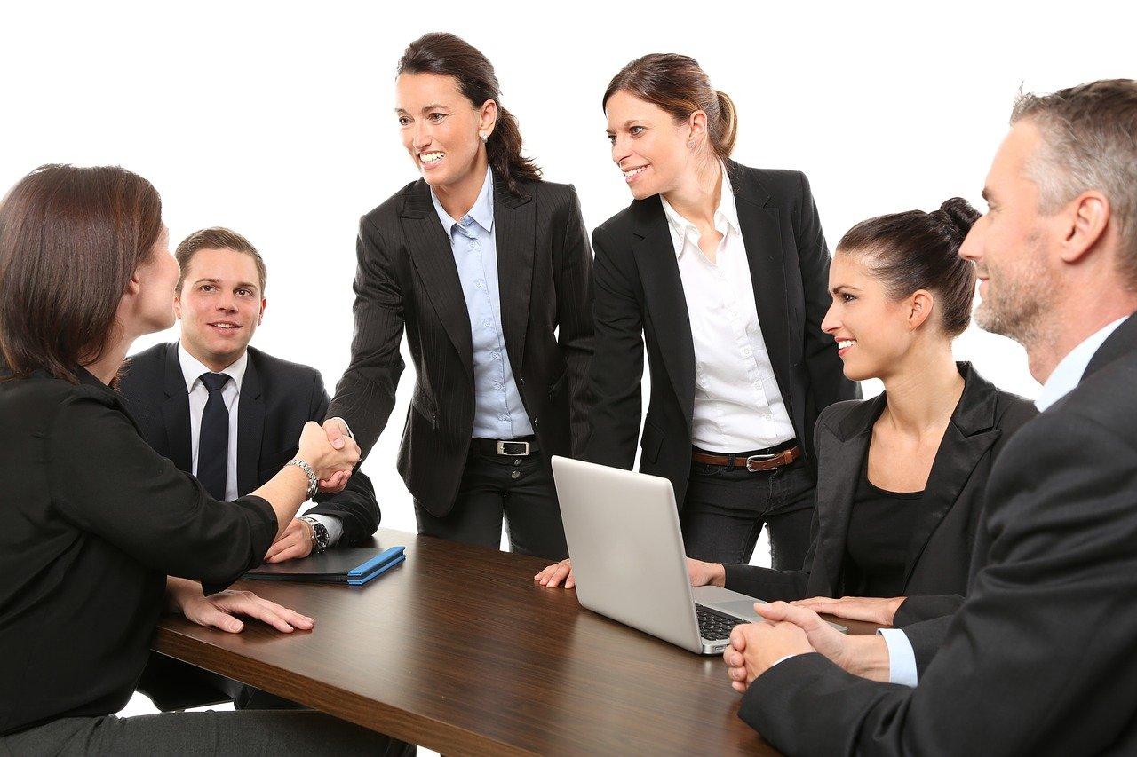 People Business Meeting  - 089photoshootings / Pixabay